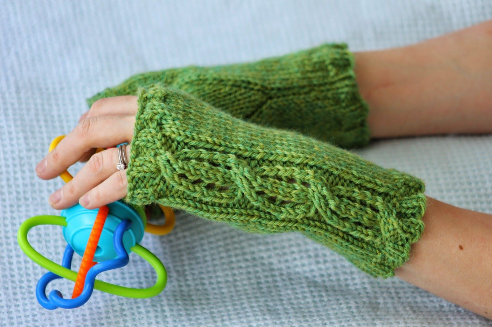 Lace Cable Fingerless Gloves: made with roughly 110 yards of worsted ...