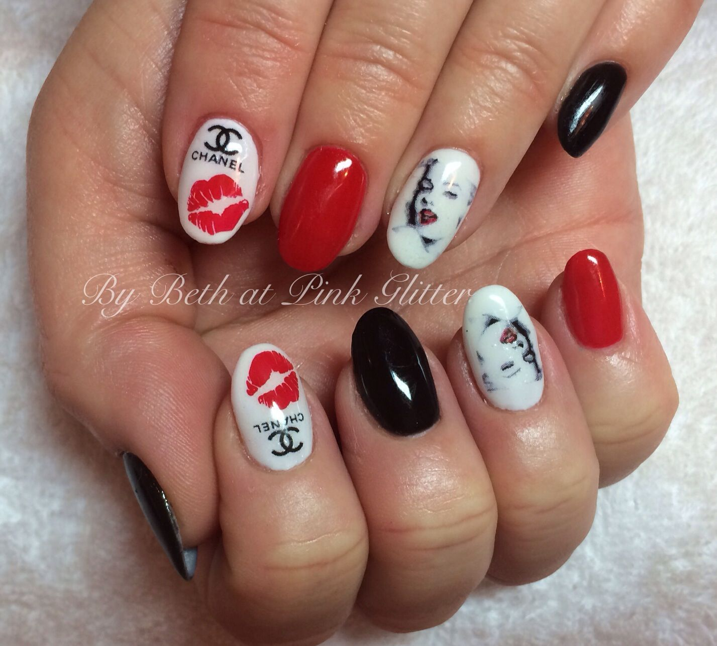 Marilyn Monroe Nail Art | Fancy nail art | Pinterest | Nails ...