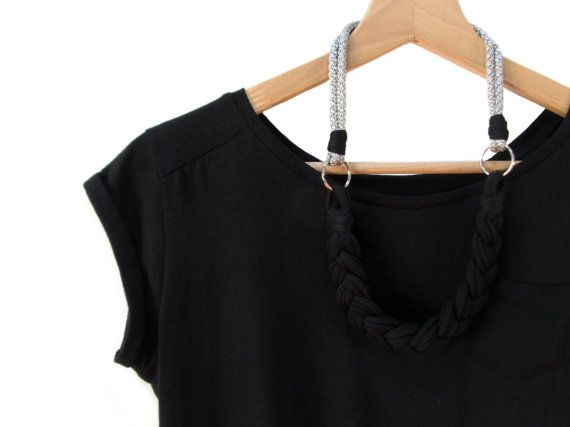 Handmade statement necklace to wear with any outfit! It is simple, lightweight and modern, for a young and chic style.  The necklace is made of a