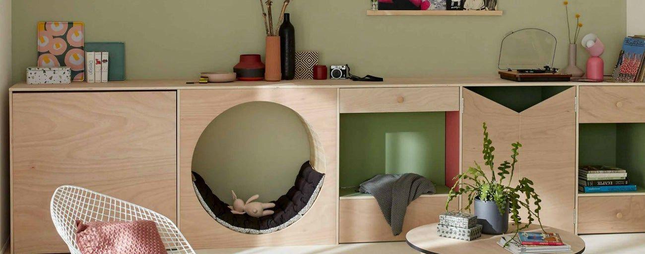 Un Meuble Multifonction Pour Jouer Dans Le Salon En 2020 Idees Pour La Maison Maison Et Mobilier