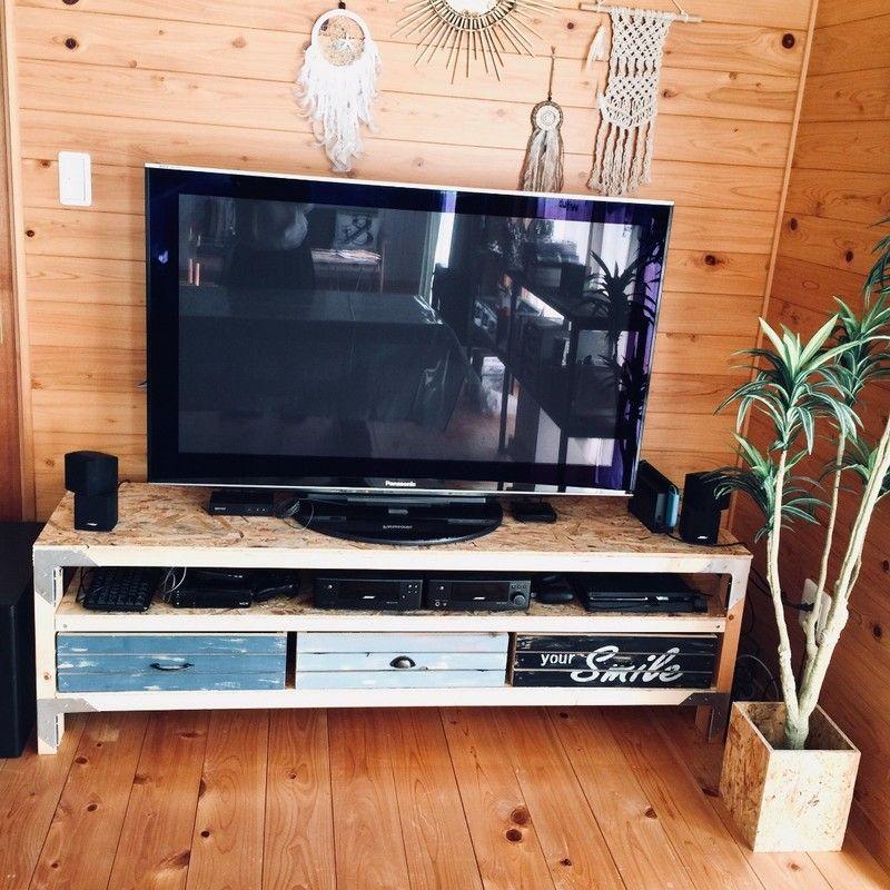 テレビ台も2 4材で西海岸インテリア調にdiy Limia リミア 西海岸 インテリア Diy インテリア Diy 家具