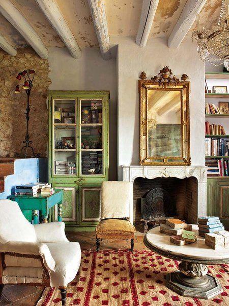 Una casa con muchas vidas Siglo xviii, Del siglo y Centenario - salones de lujo