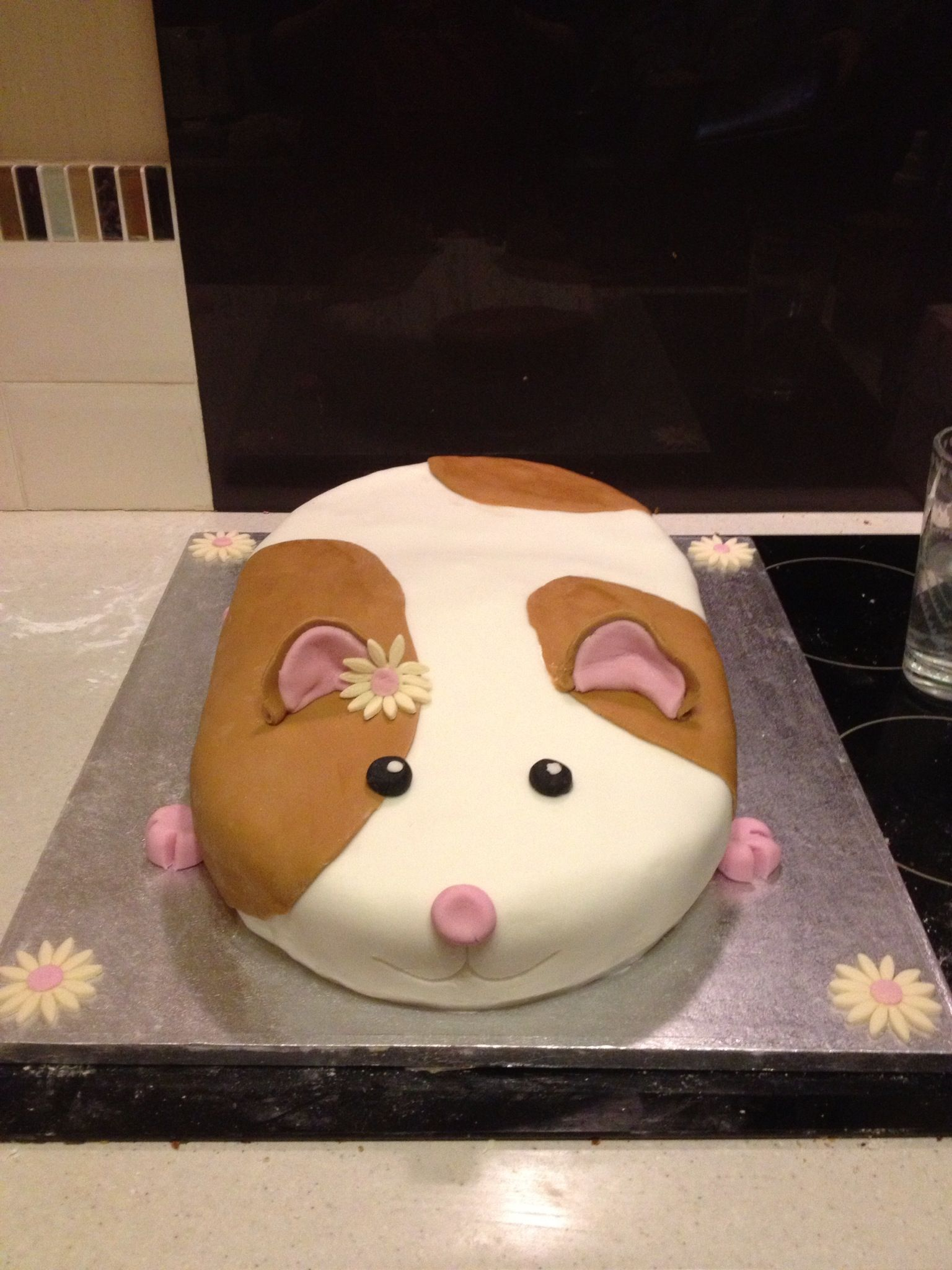 Hamster Cake Animal Guinea Pig Hamster In 2018 Pinterest