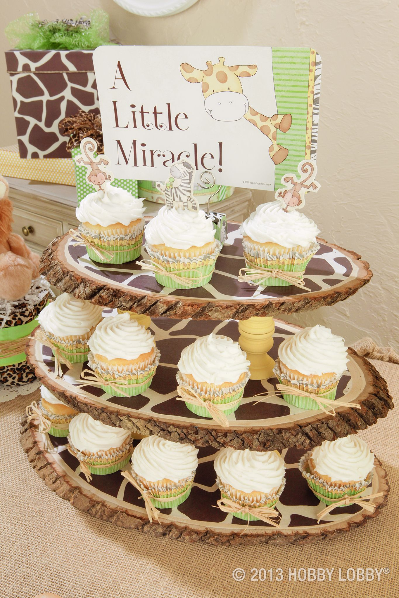 No Expedition Is Complete Without A Trunk Full Of Safari Snacks For This Cupcake Stand Grab So Baby Shower Giraffe Safari Baby Shower Cake Jungle Baby Shower