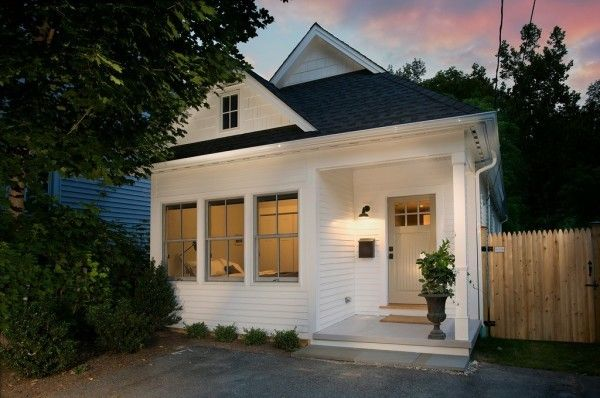At 960 Sq Ft, This Custom Tumbleweed House Qualifies As A U201csmallu201d House