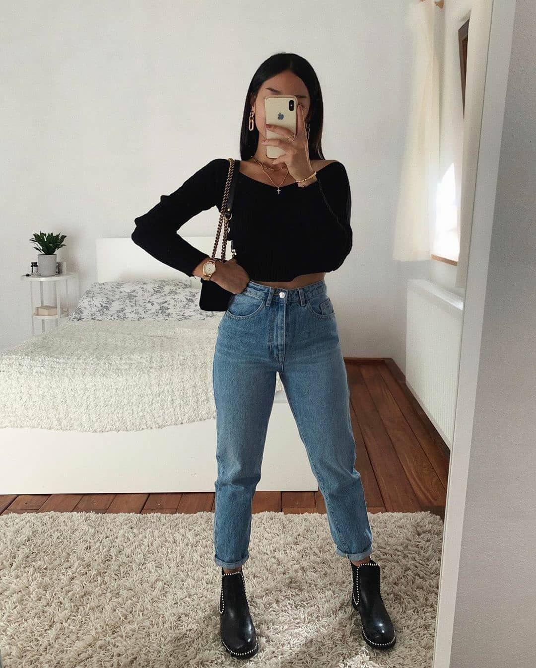 "Photo of Su Instagram: ""Quale look? # 2wearup Thanya ""OT O …"