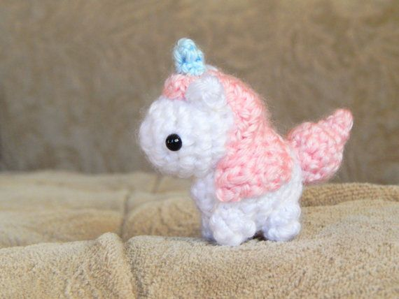 Jazzy the Unicorn Free Amigurumi Pattern | Jess Huff | 428x570