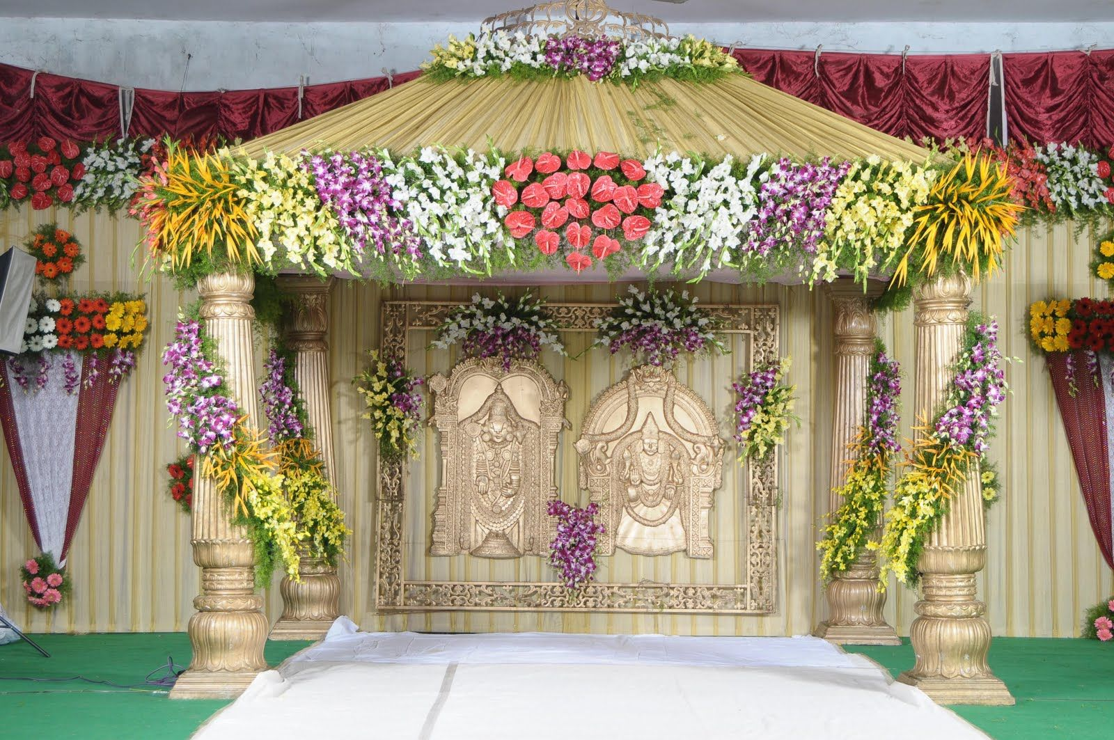 Greatest lords marriage stage decoration http New flower decoration