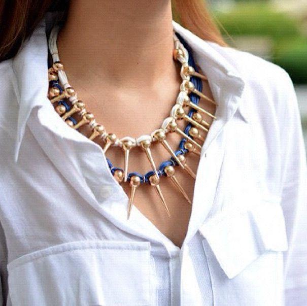 Necklace + shirt