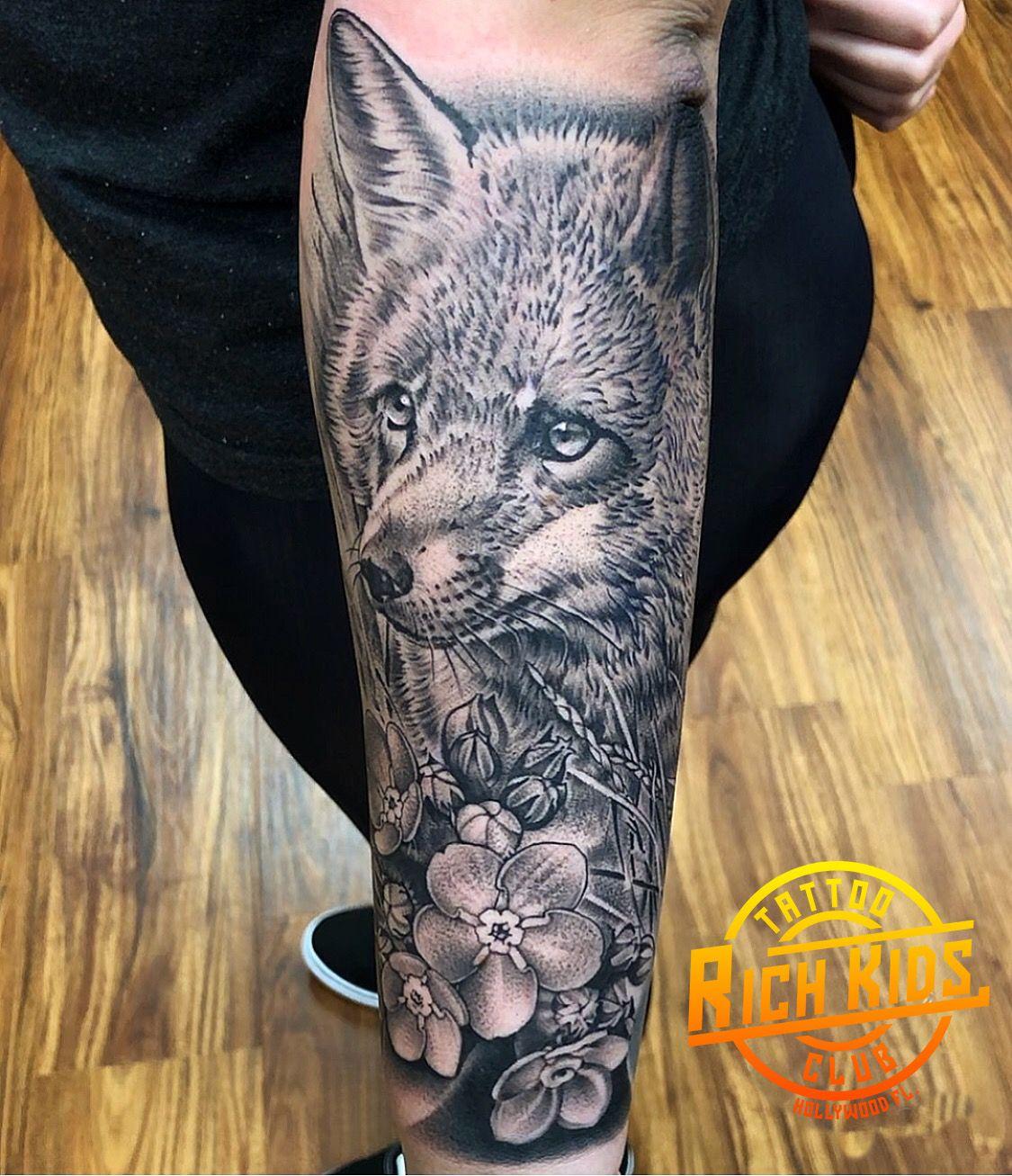 Half Sleeve Realistic Fox Tattoo Single Needle Technique Foxtattoo Fox Realisticfox Realisticfoxtattoo In 2020 Fox Tattoo Black And Grey Tattoos Tattoos For Kids