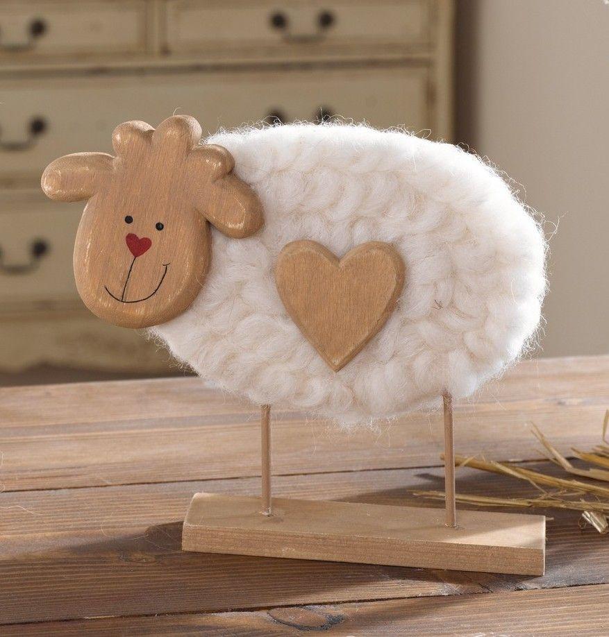 Holzschaf Mit Wolle Und Holzherz Ostern Basteln Holz Holz Herz Primitives Kunsthandwerk