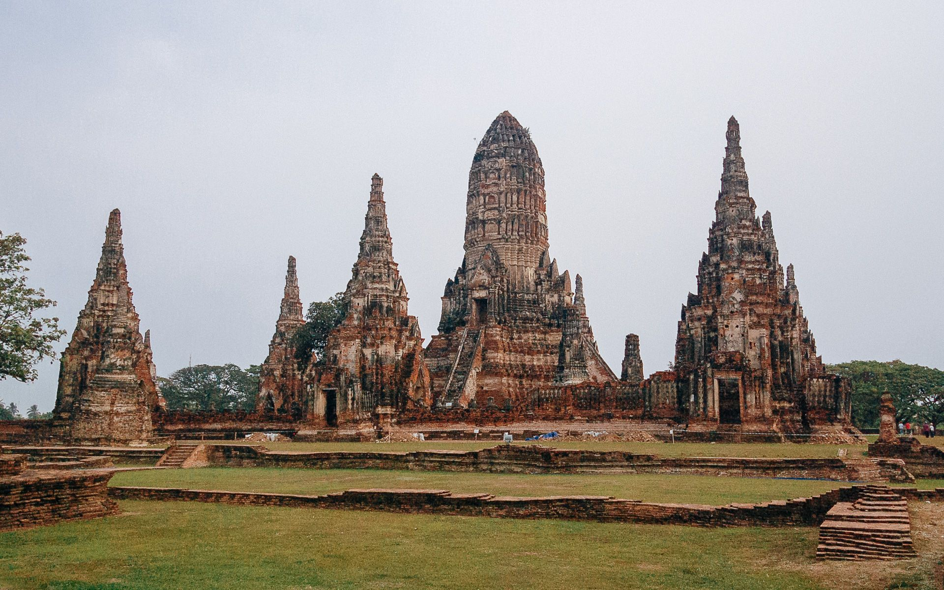 Cambodian temples in Ayutthaya