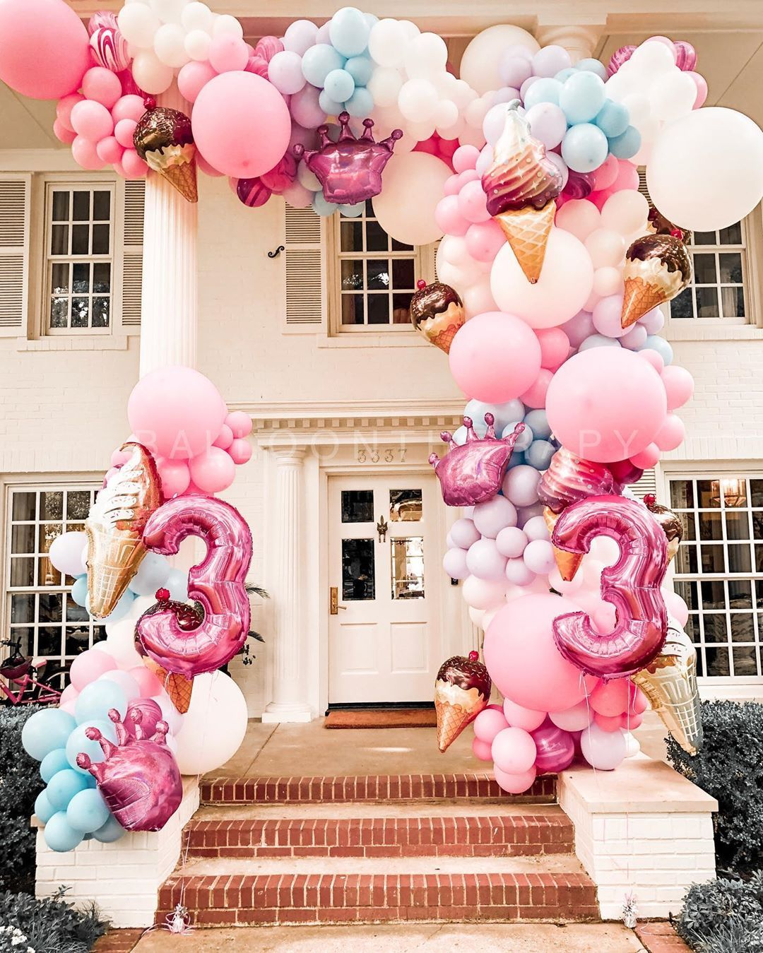 """Balloon Therapy on Instagram """"Day Dreams and Ice Creams"""