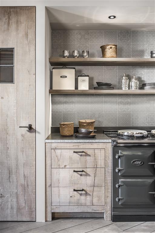 Verouderde eiken keuken massieve toplaag werkblad for Keuken beslag