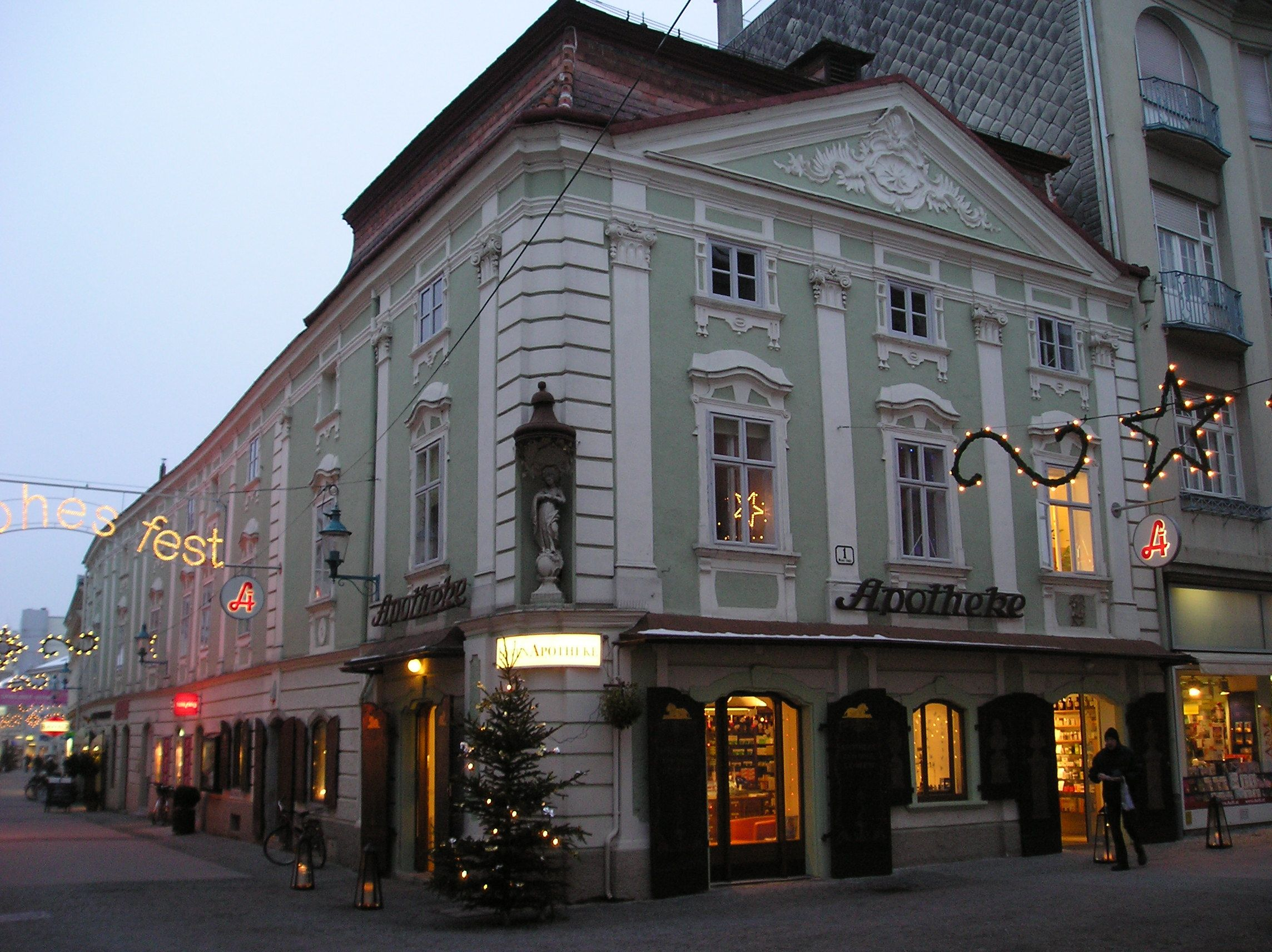 a pharmacy in st polten caleb 39 s first area st polten austria pharmacy zum goldenen. Black Bedroom Furniture Sets. Home Design Ideas
