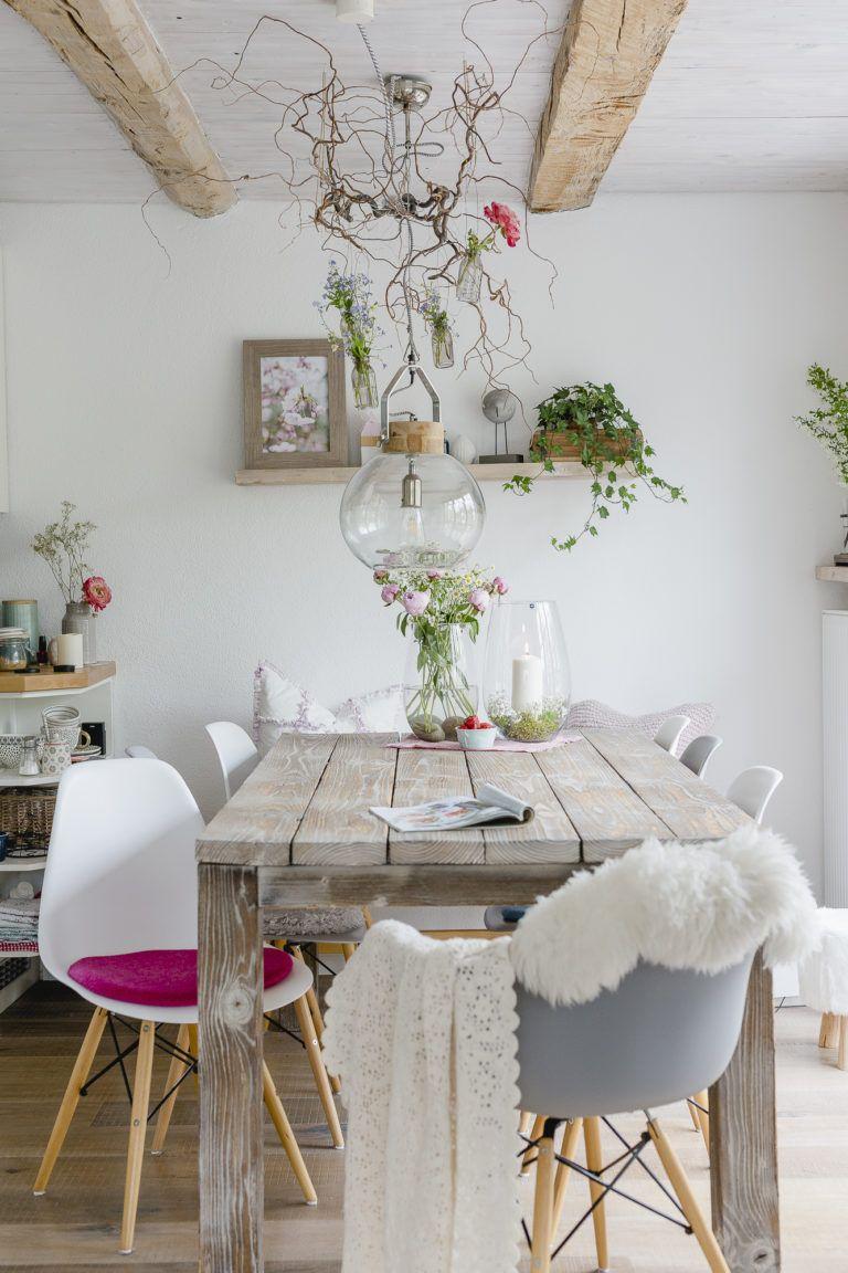 Blumen arrangieren im Landhausstil • Pomponetti in 2020 ...
