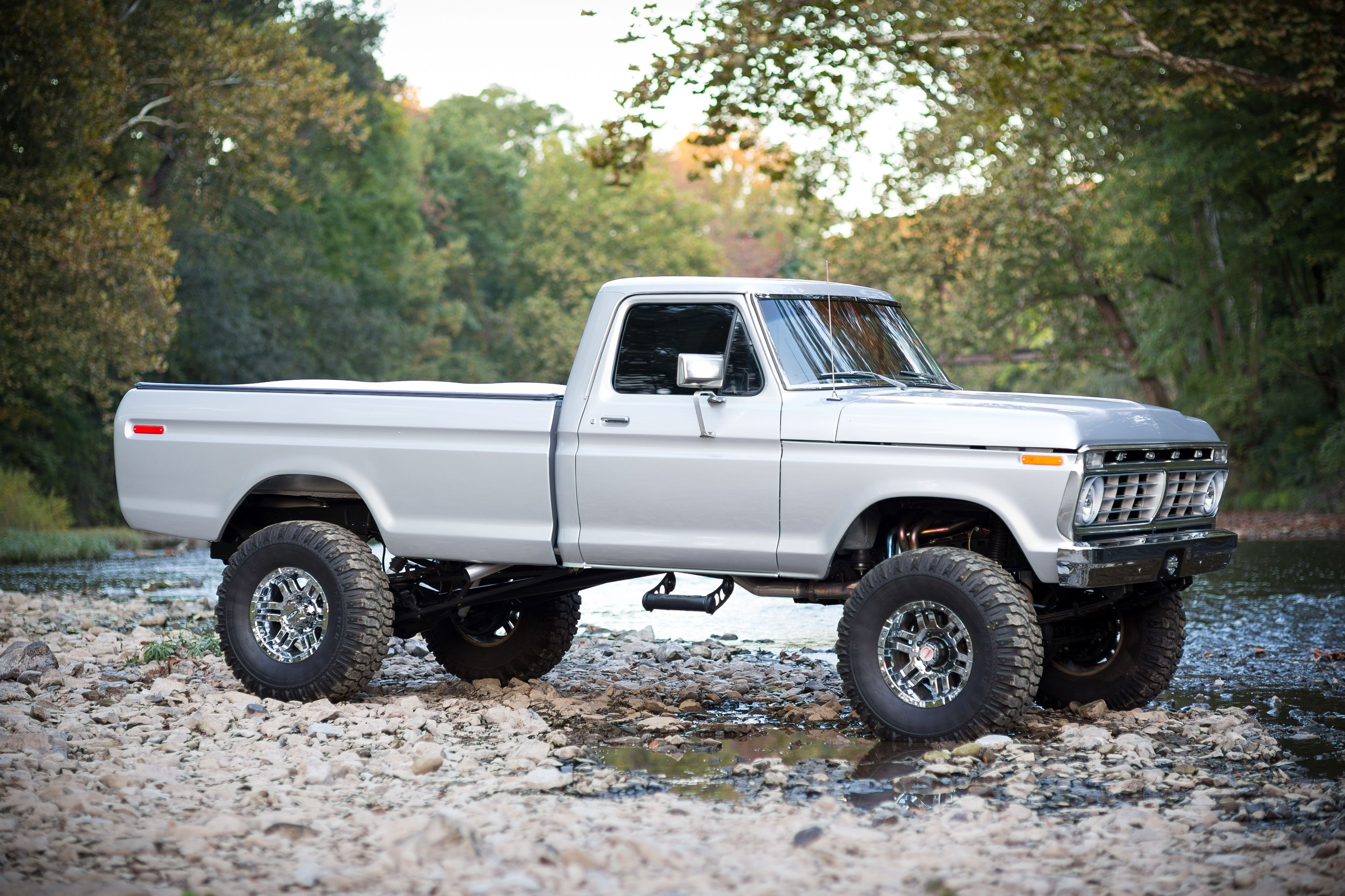 amazing silver 73 75 highboy f250 lifted trucks pinterest ford 73 F100 Custom amazing silver 73 75 highboy f250