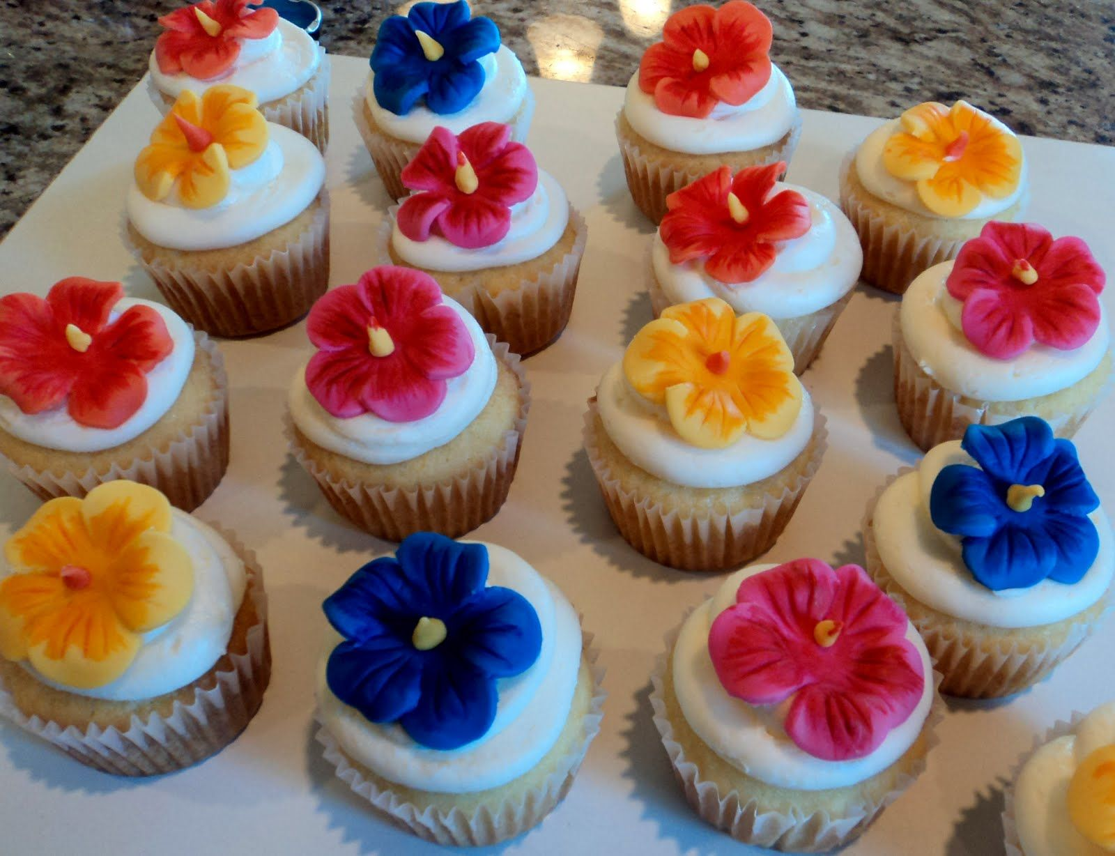 Fondant Hibiscus Flowers Party Ideas In 2019 Tropical Cupcakes