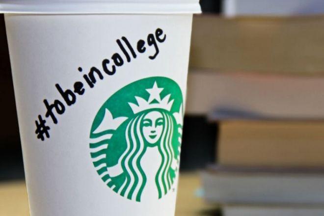 Uma açao de educaçao do Starbucks – parceria entre marcas, pessoas e academia