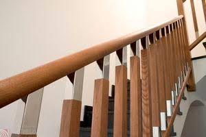 Resultado de imagen para barandales de madera para escaleras