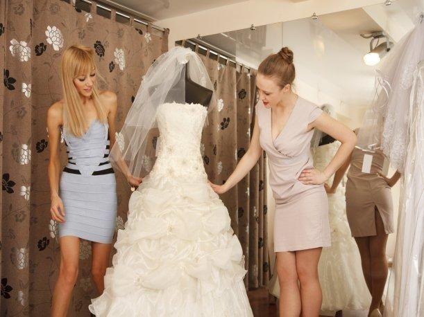Vestidos de novia para embarazadas en gamarra