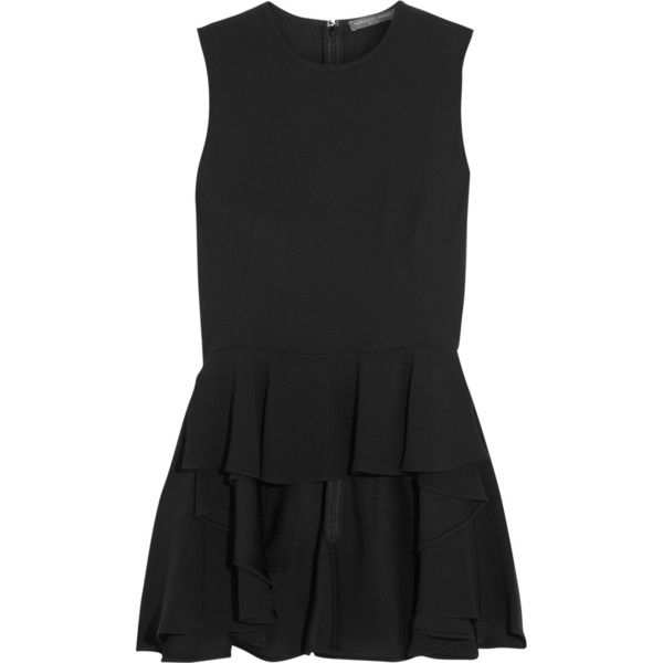 Tiered ruffled crepe top (2.055 BRL) ❤ liked on Polyvore featuring tops, dresses, alexander mcqueen tops, layered ruffle top, crepe top, tiered ruffle top and alexander mcqueen