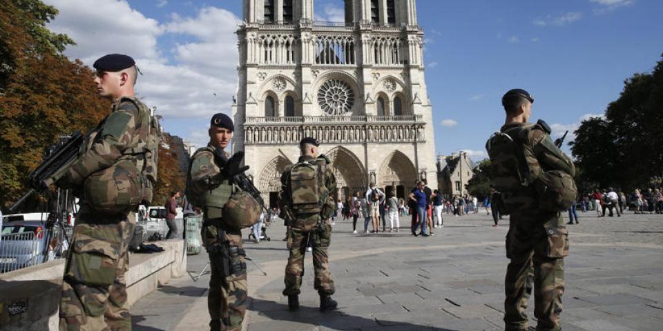 Top 10 Des Armees Les Plus Puissantes Au Monde Le Monde France Armee Allemande