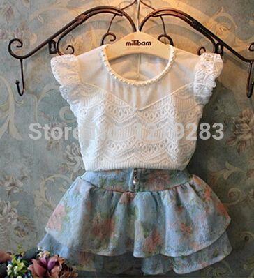 e5929bde5 Moda verão menina branca bud seda de manga curta t shirt + calções florais  crianças roupas em Conjuntos de roupas de Mãe   Kids no AliExpress.com