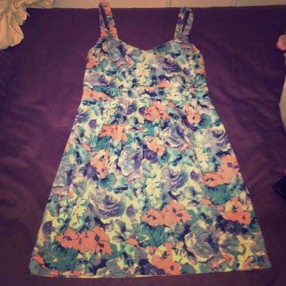 LuLu's Lush Pastel Floral Dress  Medium LuLu's Lush Pastel Floral Dress  Medium Lulu's Dresses