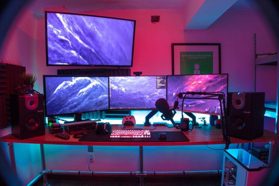 Ultimate Gaming Streaming Setup Minimal Home Game Room