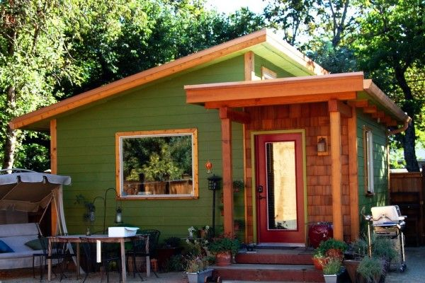 How About A 320 Square Feet Tiny House With Images Backyard Cottage Modern Style House Plans Small House