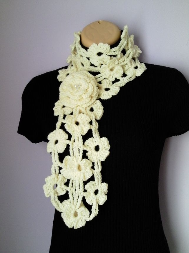 c4d3395f773 CROCHET SCARF, NECKWARMER with Crochet Flower Brooch £14.80 ...