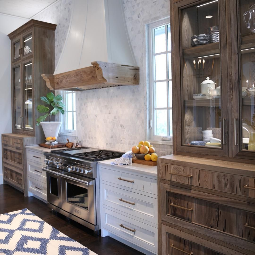 "Evin Blake Home on Instagram: ""(SWIPE ◀️) I have a new kitchen crush and I think you might too once you see this gorgeous kitchen from @oldseagrovehomes. The Spanish,…"" #kitchencrushes Evin Blake Home on Instagram: ""(SWIPE ◀️) I have a new kitchen crush and I think you might too once you see this gorgeous kitchen from @oldseagrovehomes. The Spanish,…"" #kitchencrushes Evin Blake Home on Instagram: ""(SWIPE ◀️) I have a new kitchen crush and I think you might too once you #kitchencrushes"