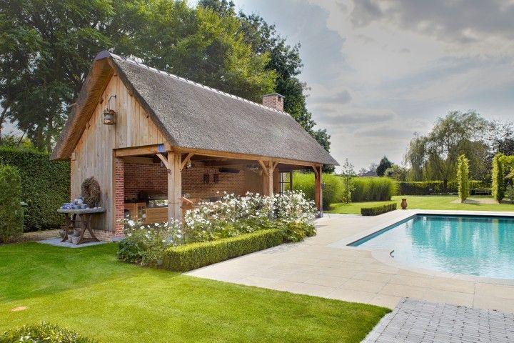 Houten poolhouse gastenverblijven cottage eik for Guest house models