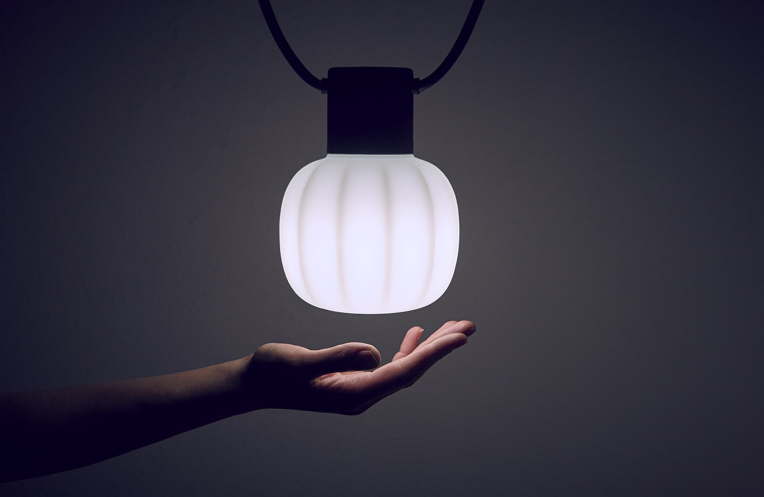 Chain Of Hanging Lights For Outdoor Use Comprised Of 5 Or 10 Light Points Fixed At A Distance Of 100 Cm One From The Other O Lampade A Sospensione Lampade Luci