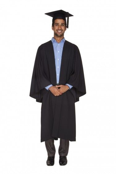 With Churchill Gowns, you can buy your new USYD Graduation Gown Set ...