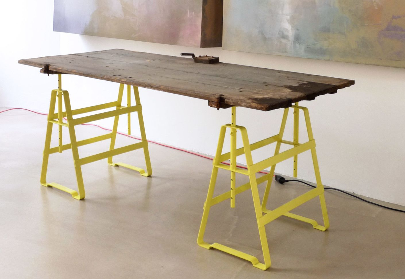 Tischgestelle / -platten: Lackaffe - Tischbock von Atelier Haussmann bei STYLEPARK