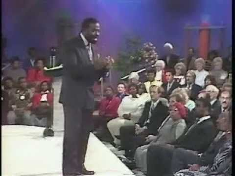 Les Brown YOU DESERVE 45 - YouTube