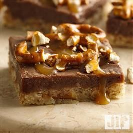 This recipe for Chocolate Peanut Butter Pretzel Bars from Jif® is an easy and delicious dessert for Mother's Day!