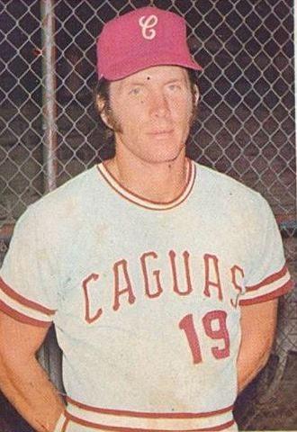 Mike Schmidt, jugo par de años(1972/73-1973/74) en la liga de Puerto Rico con los Criollos de Caguas.