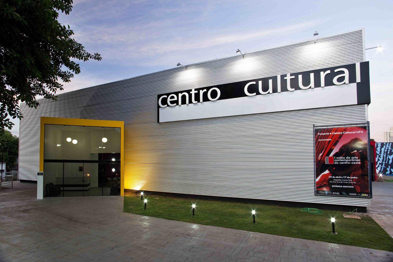 Centro Cultural UFG / Fernando Simon