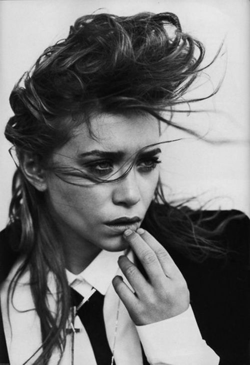 fashion, black and white, and olsen image