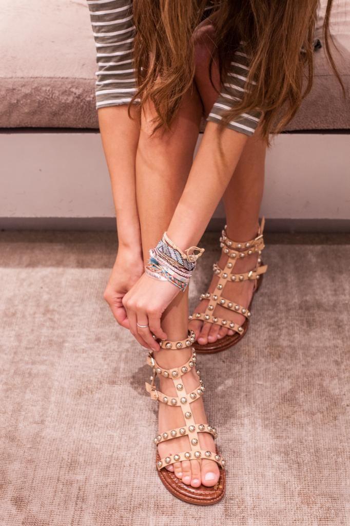 7f290162de3f Arielle Nachmani in the Sam Edelman Soho store wearing the Eavan sandals   SamsGirls
