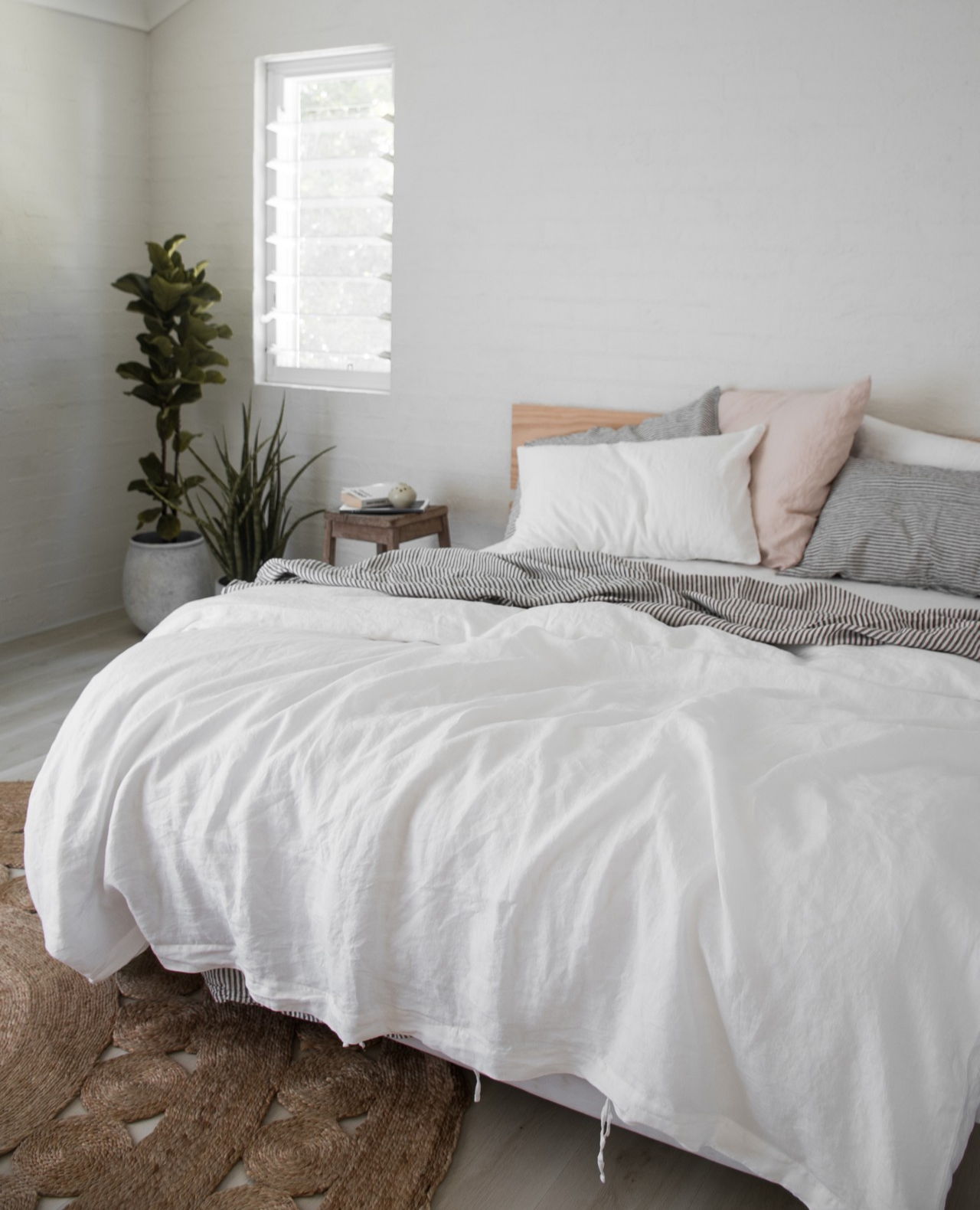 French Linen Bedding In White Blush Soft Grey Beautiful Home Decor Aesthetic Design Bedroom Styling White Bedding Bed Luxury Bedding