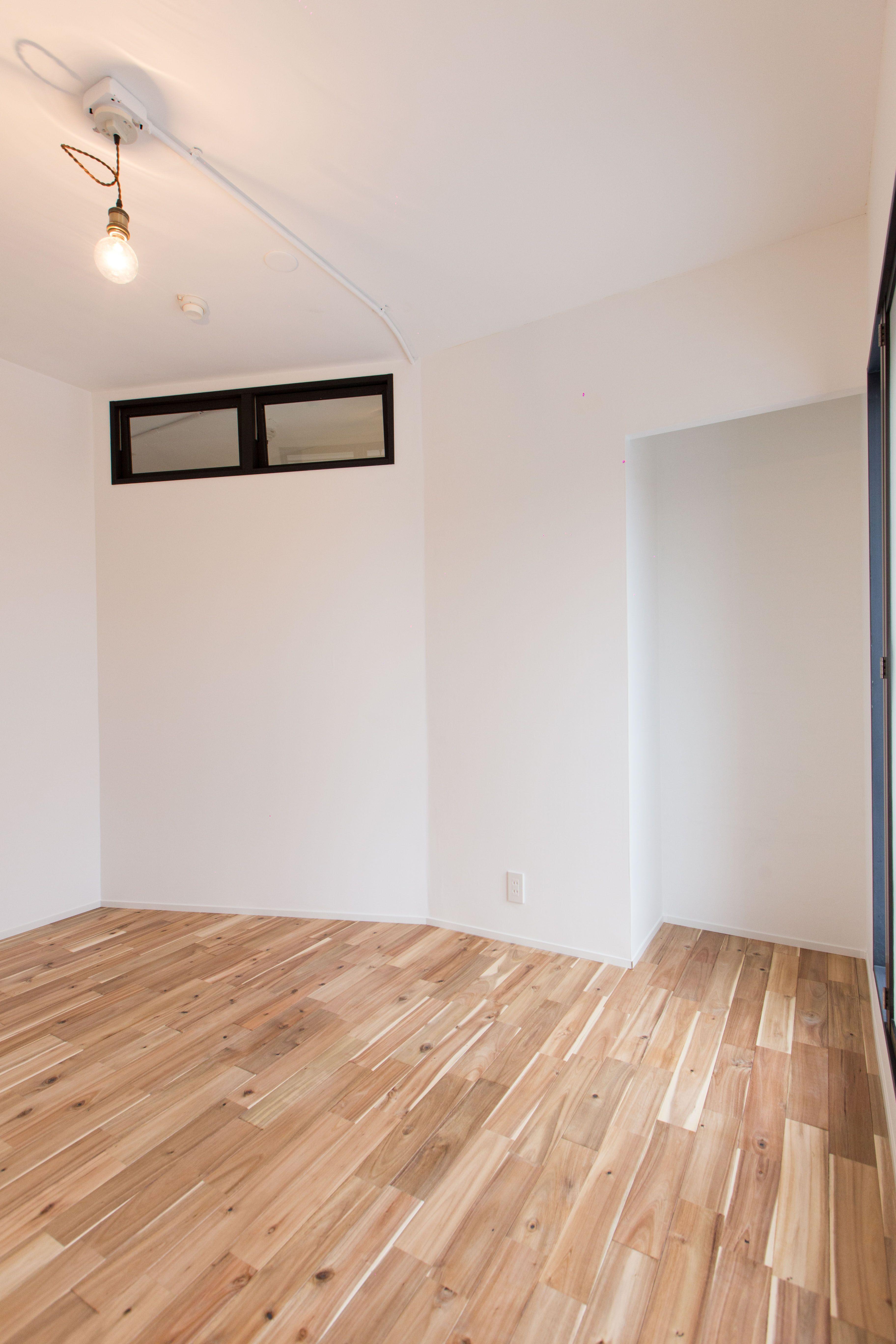リノベーション前は小さい物置部屋だったお部屋を少し大きくして