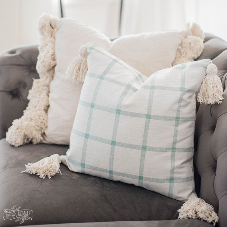 Sew A Tassel Pillow Cover The Diy Mommy Diy Pillow Covers Throw Pillow Diy Diy Throw Pillows