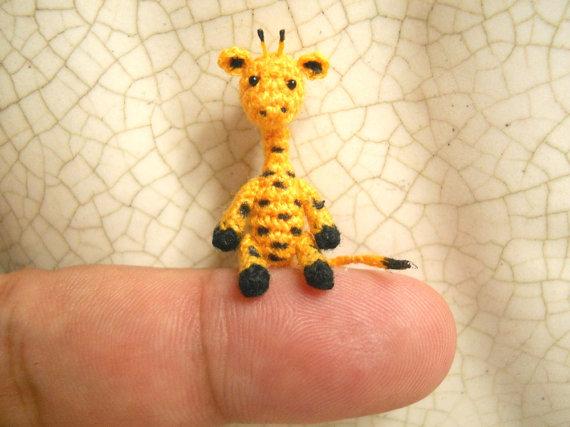 Mini Giraffe Amigurumi Häkelanleitung | 427x570
