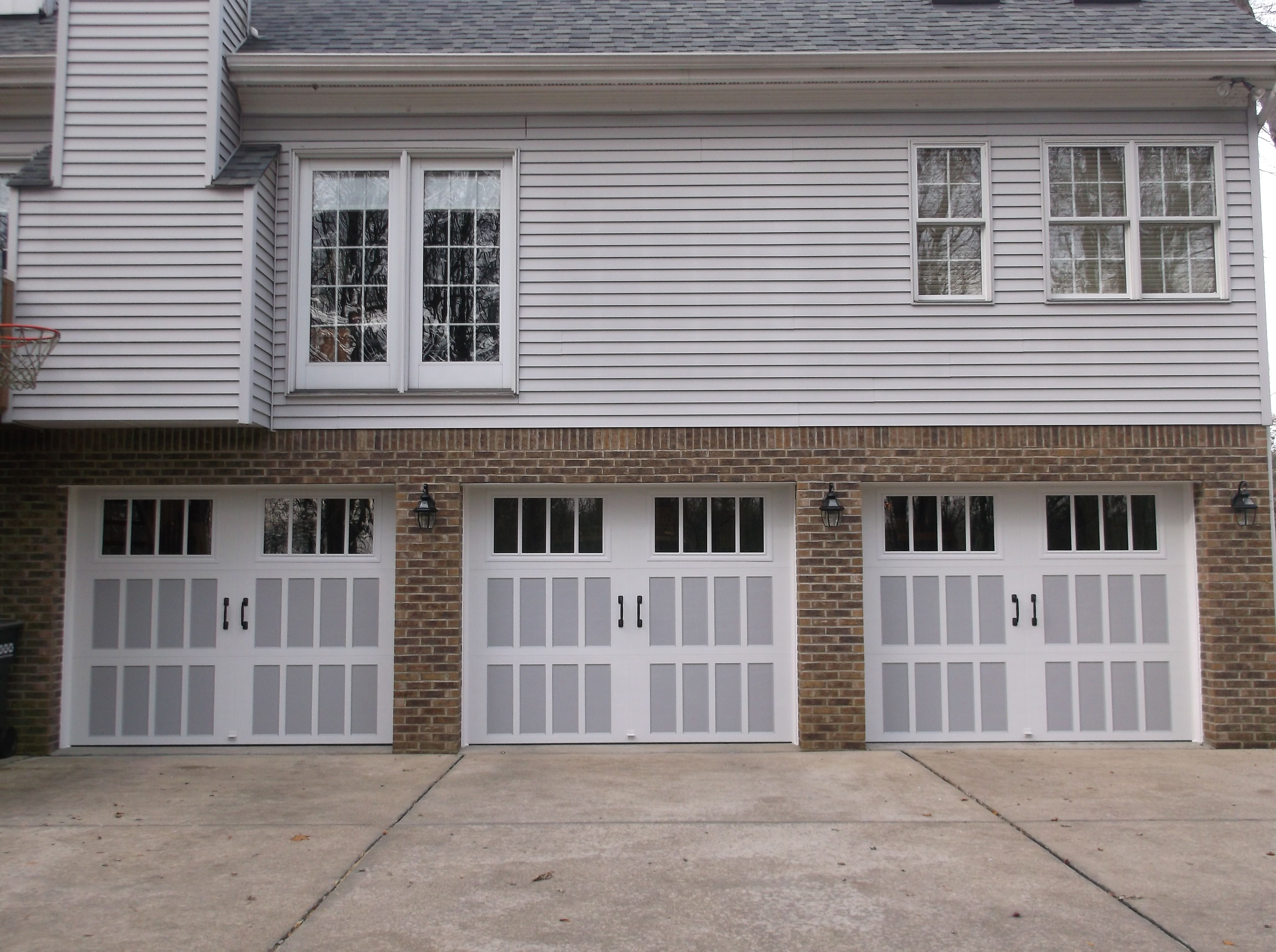 This Is An Amarr Classica 3000 Two Tone Garage Doors Automatic Garage Door Single Garage Door