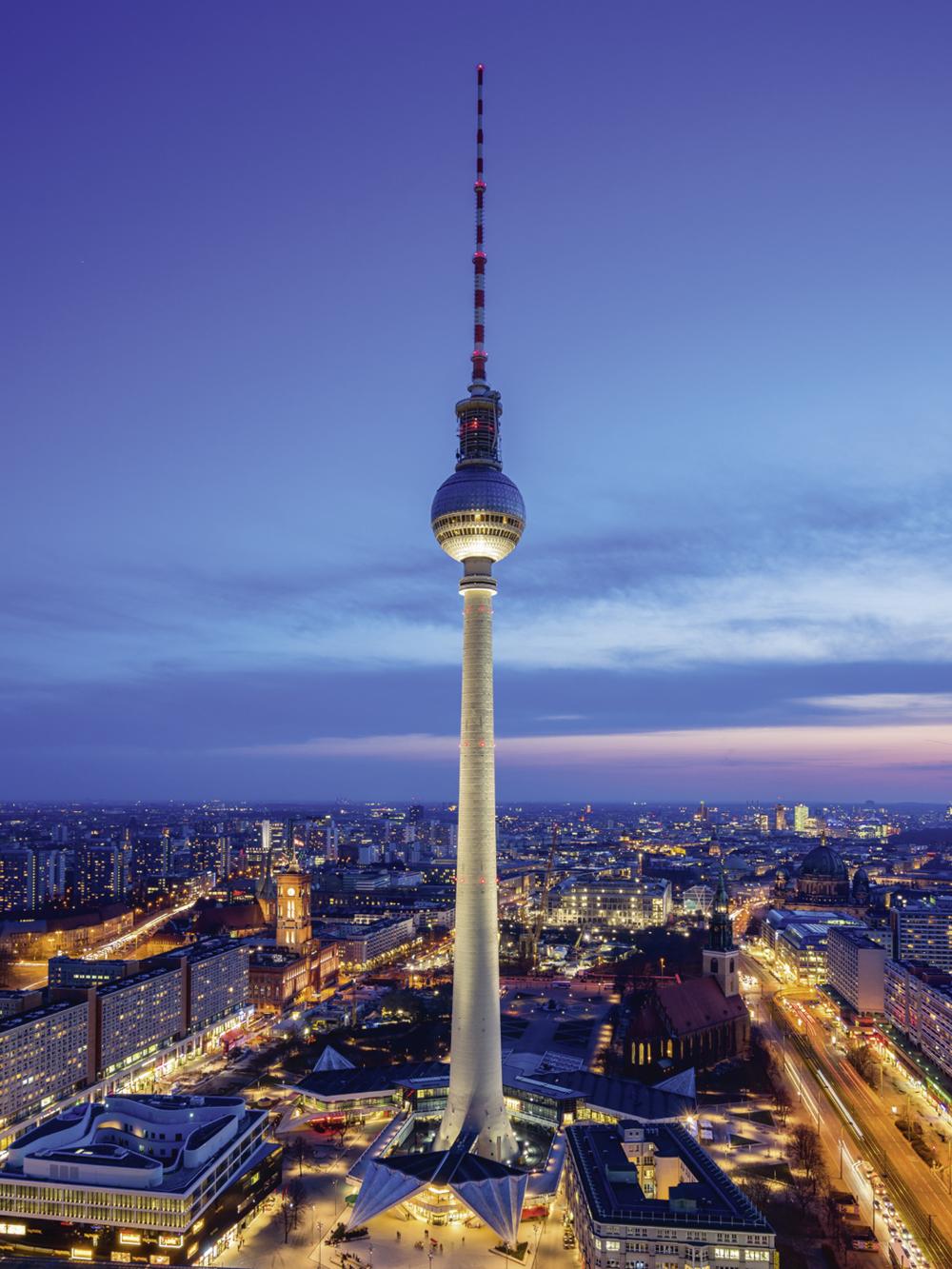 David Engel Berlin Fernsehturm Glasbild Jetzt Entdecken Bei Www Artgalerie Bildershop De Fernsehturm Fernsehturm Berlin Turm