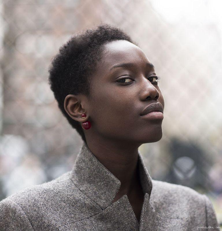 Grey Coat Pearl Earrings Garance Dor Short Natural Hair Twa